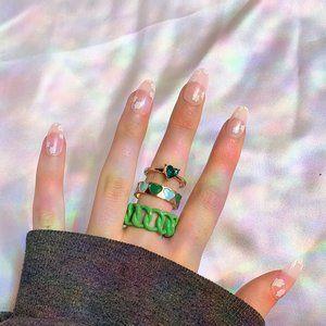 🤍 Green y2k Ring Set